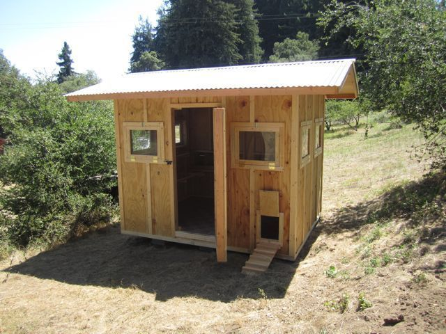 Freedom 8 10 for the birds handmade chicken coops for Chicken coop for 8 10 chickens